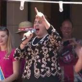 El alcalde de Catral disfrazado de Rita Barberá