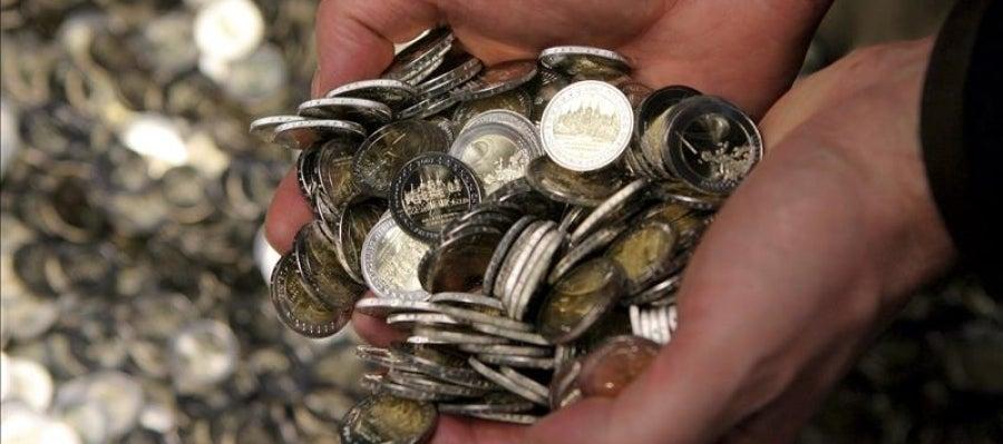 Varias monedas de dos euros