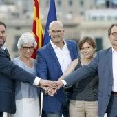 Artur Mas, Oriol Junqueras, Raül Romeva, Carme Forcadell y Muriel Casals