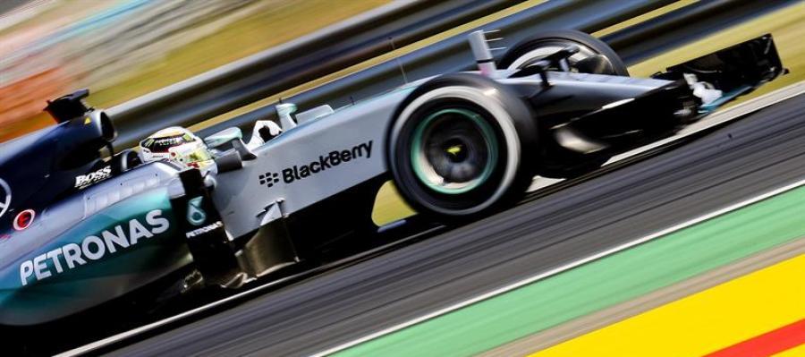 Hamilton en los entrenamientos libres del GP de Hungría