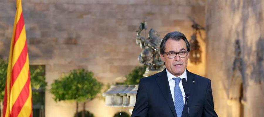 Artur Mas, durante una declaración institucional tras firmar el decreto de convocatoria de elecciones