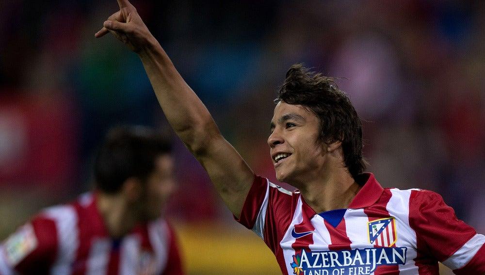 El centrocampista Óliver Torres celebrando un gol