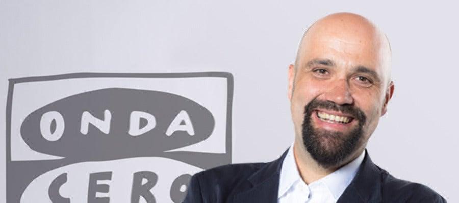 David del Cura, director y presentador de La Brújula