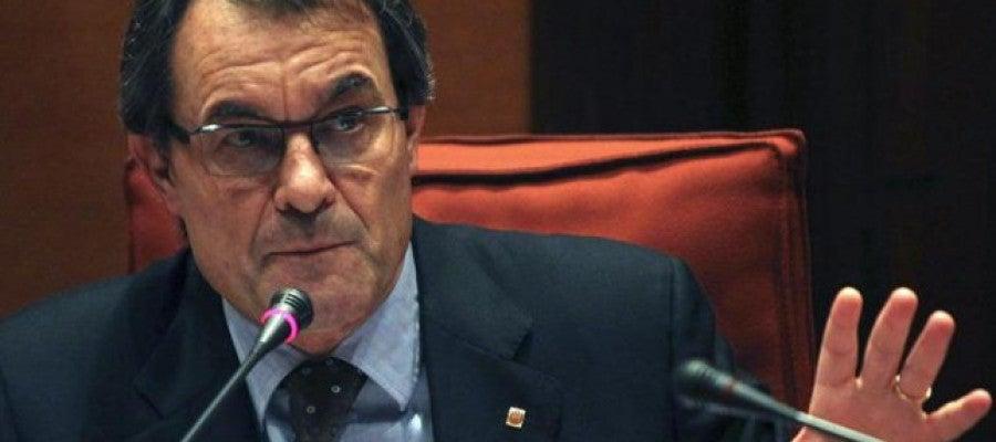 Artur Mas durante su comparecencia ante la Diputación Permanente del Parlament