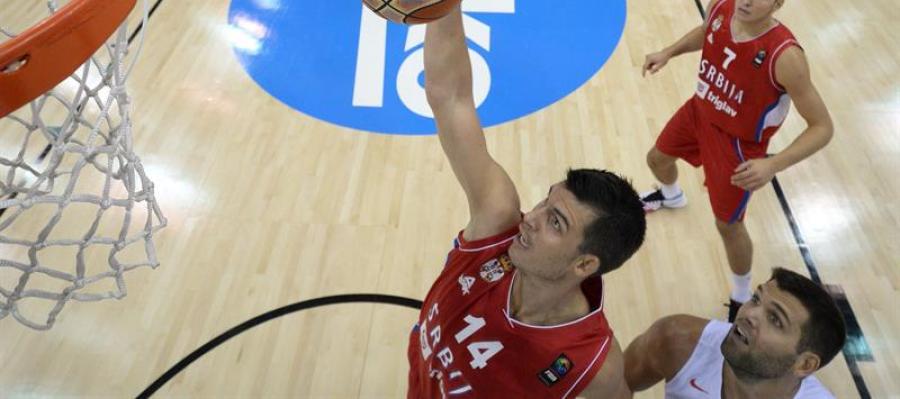 La selección española pierde ante Serbia, por 70-80