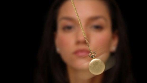 Tertulia Zona Cero: Los presuntos peligros de la hipnosis