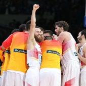España celebra la victoria frente a Francia