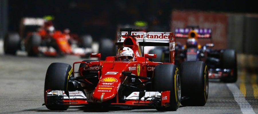 Sebastian Vettel durante el GP de Singapore