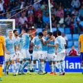 Los jugadores del Celta celebran un gol contra el Barcelona