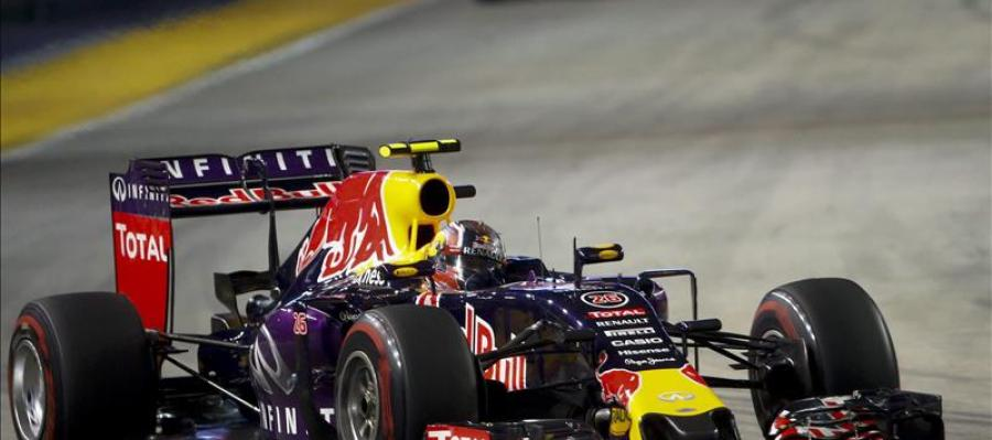 El piloto de Red Bull Kvyat