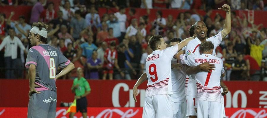 El Sevilla celebra un gol ante el Rayo