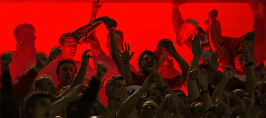 Los aficionados del Benfica, durante el partido contra el Atlético de Madrid