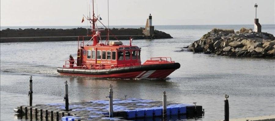 Una embarcación de Salvamento Marítimo en Girona