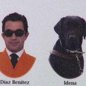 """Idena, perro guía """"graduado"""" en Trabajo Social en la Universidad de Cádiz"""
