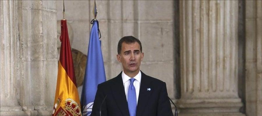 El rey Felipe VI durante su intervención en el acto solemne que se celebra para conmemorar el 70 aniversario de la ONU