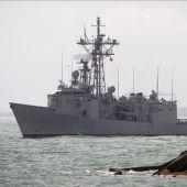 La fragata Canarias rescata a medio millar de inmigrantes en la costa de Libia