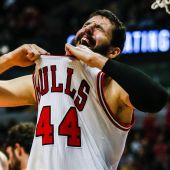 Mirotic, durante un partido con los Chicago Bulls