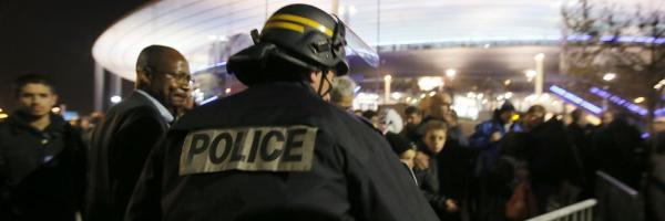 La Policía lleva a cabo el desalojo del Estadio de Francia