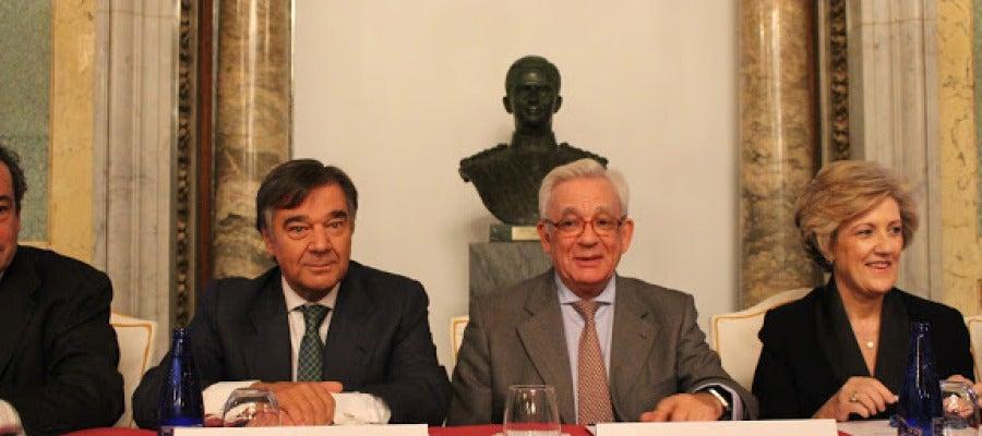 Dr. Luis González Díez y Dr. Jesús Sánchez Martos