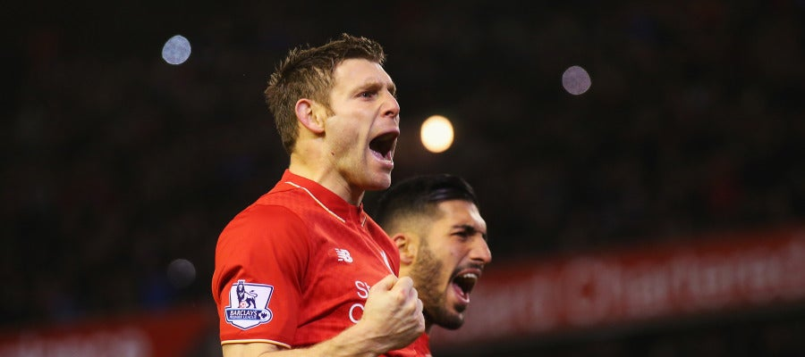 James Milner celebra un gol frente al Swansea