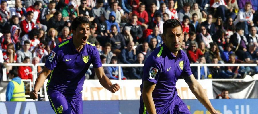 Charles celebra su gol contra el Rayo Vallecano