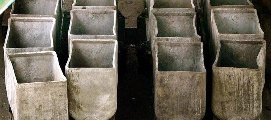 Vista de las vagonetas de una mina asturiana.