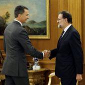 El Rey Felipe VI con Mariano Rajoy