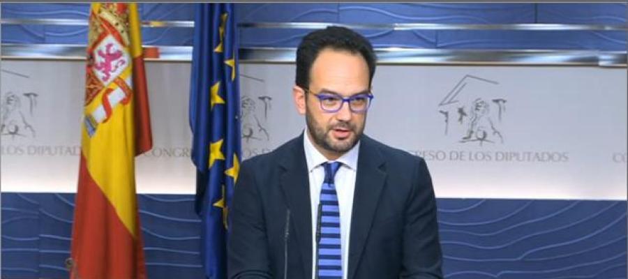 El portavoz del PSOE, Antonio Hernando