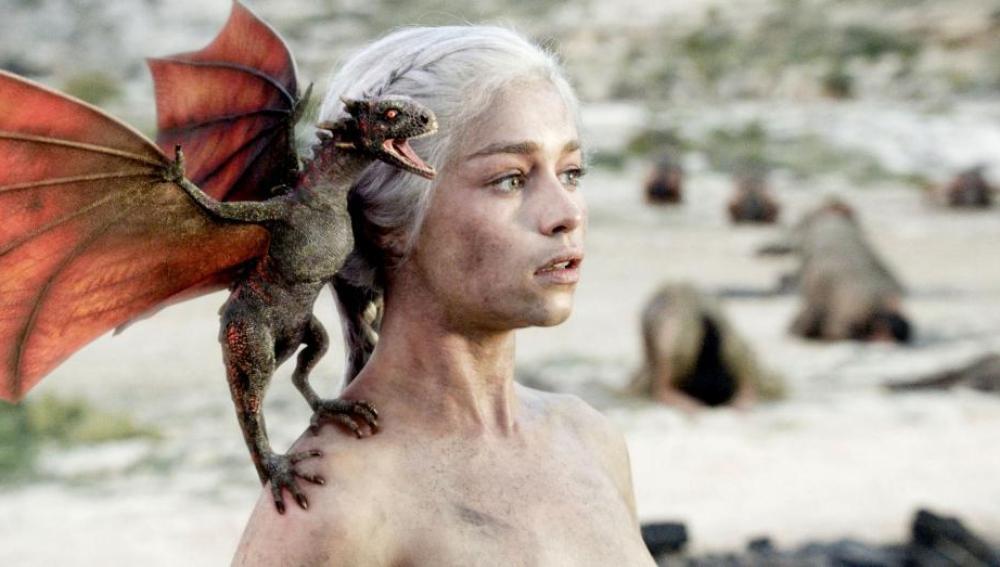 Daenerys y su dragón