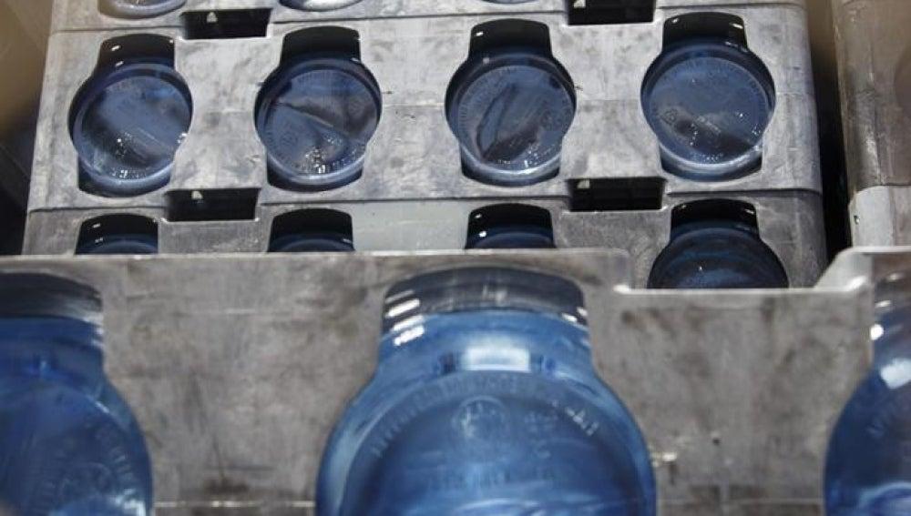 Agua embotellada