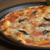 Pizza napolitana casera