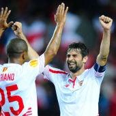 'Coke' y Mariano celebran el pase a la final de la Europa League
