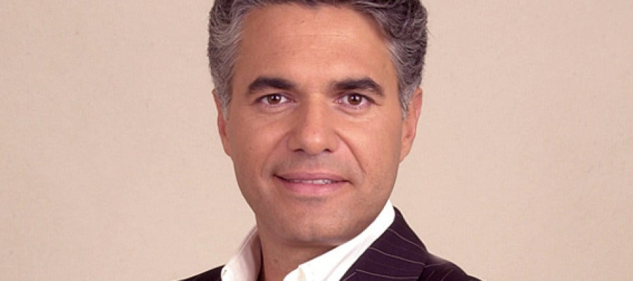 El presentador Agustín Bravo