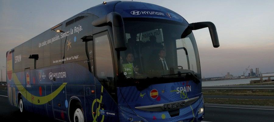 La selección española llegando a Francia
