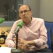 José Ramón Arias, periodista de Onda Cero que cubre la información del PP