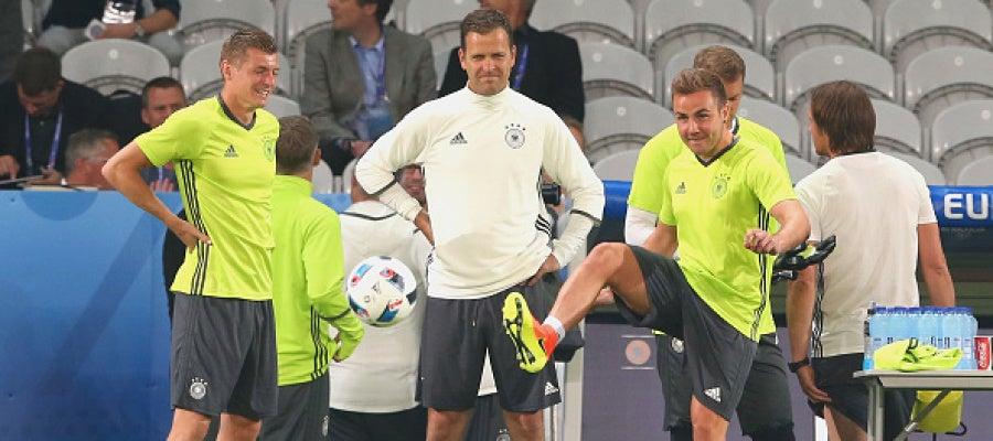 La selección alemana durante un entrenamiento
