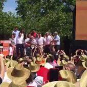 Frame 0.0 de:  Girauta canta por Serrat en el mitin central de Ciudadanos