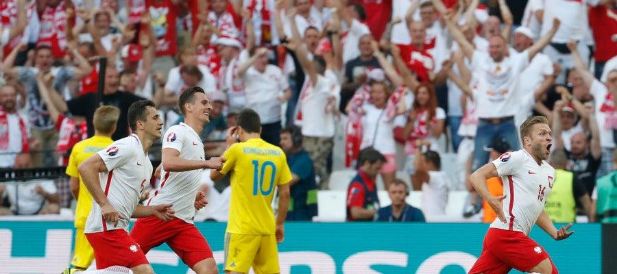 Blaszczykowski celebra su decisivo gol ante Ucrania