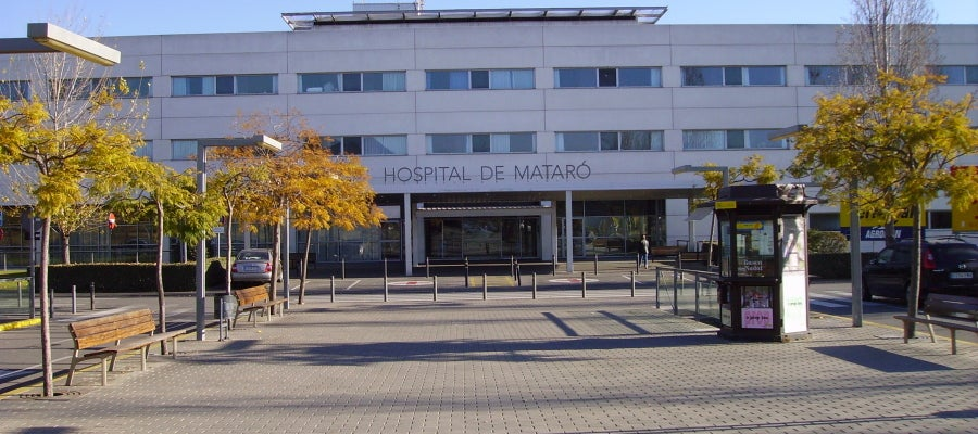 Fachada principal del Hospital de Mataró