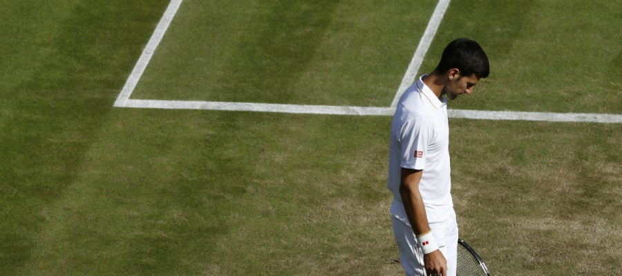 Djokovic, cabizbajo en Wimbledon