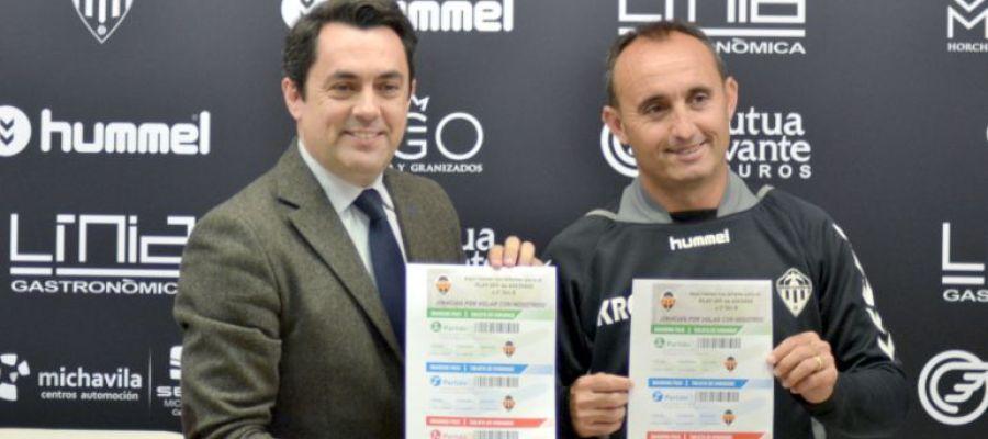 Kiko Ramírez, en un acto junto al ex director general del club, Jordi Bruixola