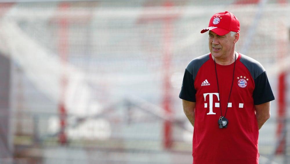 Carlo Ancelotti, durante su primer entrenamiento con el Bayern