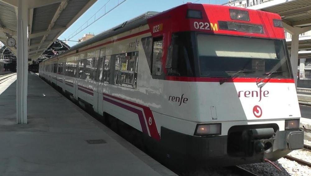 Un tren de Cercanías