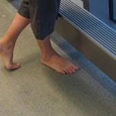 Ir descalzo por casa podría no estar tan mal
