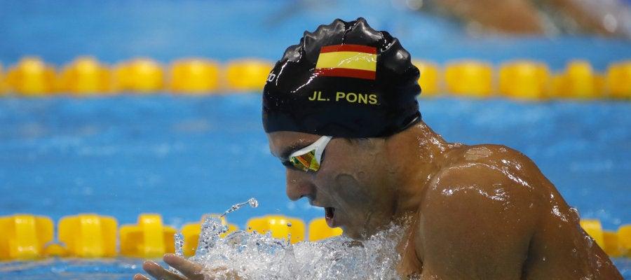 Pons alcanza la final de 400 metros estilos y bate el récord de España
