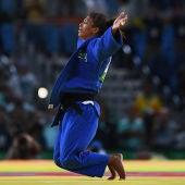 Rafaela Silva celebra el primer oro para Brasil en Río