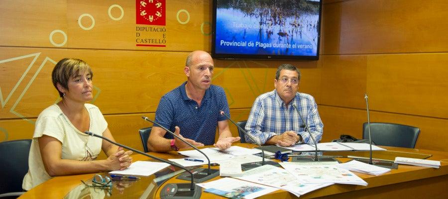 El diputado de Desarrollo Sostenible, Mario García y el catedrático de la Universitat de València, Ricardo Jiménez.