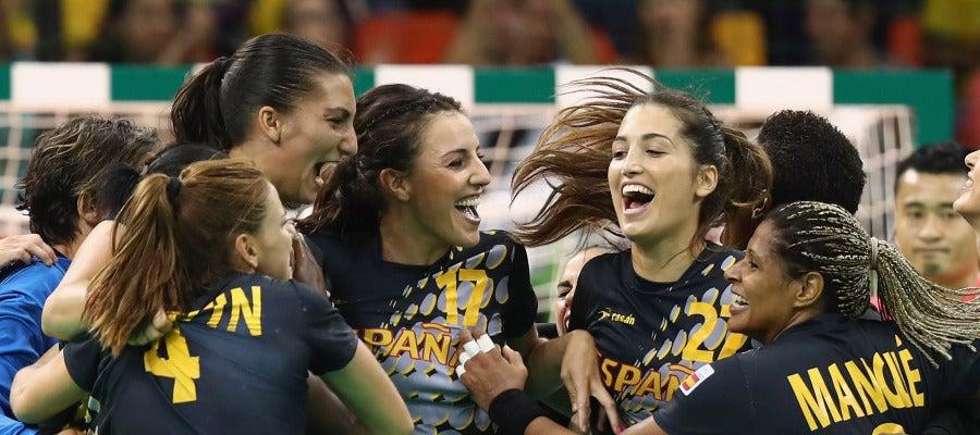 Las Guerreras de balonmano ganan a Brasil