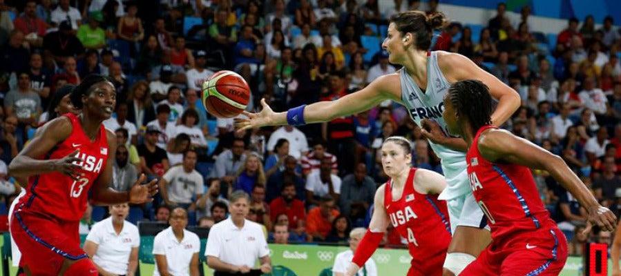 Imagen del partido entre EEUU y Francia en baloncesto femenino