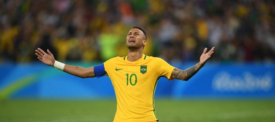 Neymar, emocionado